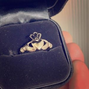 S925 Engraved Claddagh Irish setting Ring Size 6
